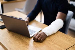 労災事故の際、使用者側に求められる対応とは
